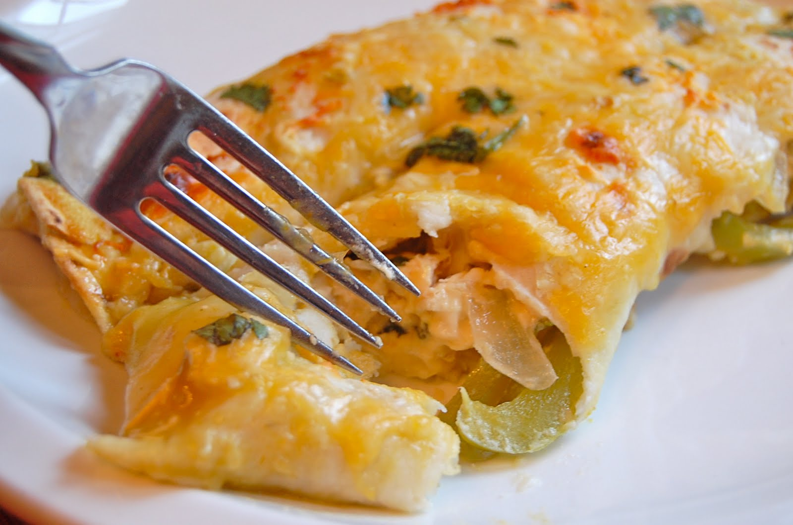 Chef Mommy: Easy Chicken Enchiladas