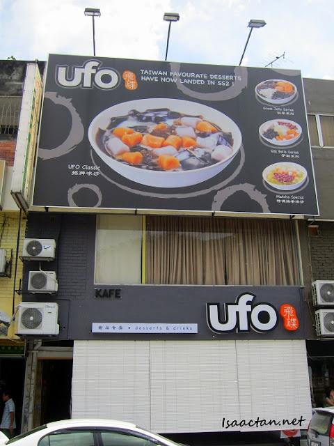 UFO Desserts & Drinks SS2