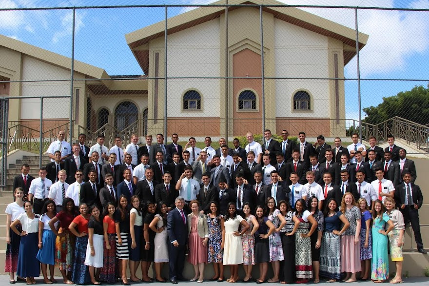 New Mission President Diaz and all missionaries July 2016