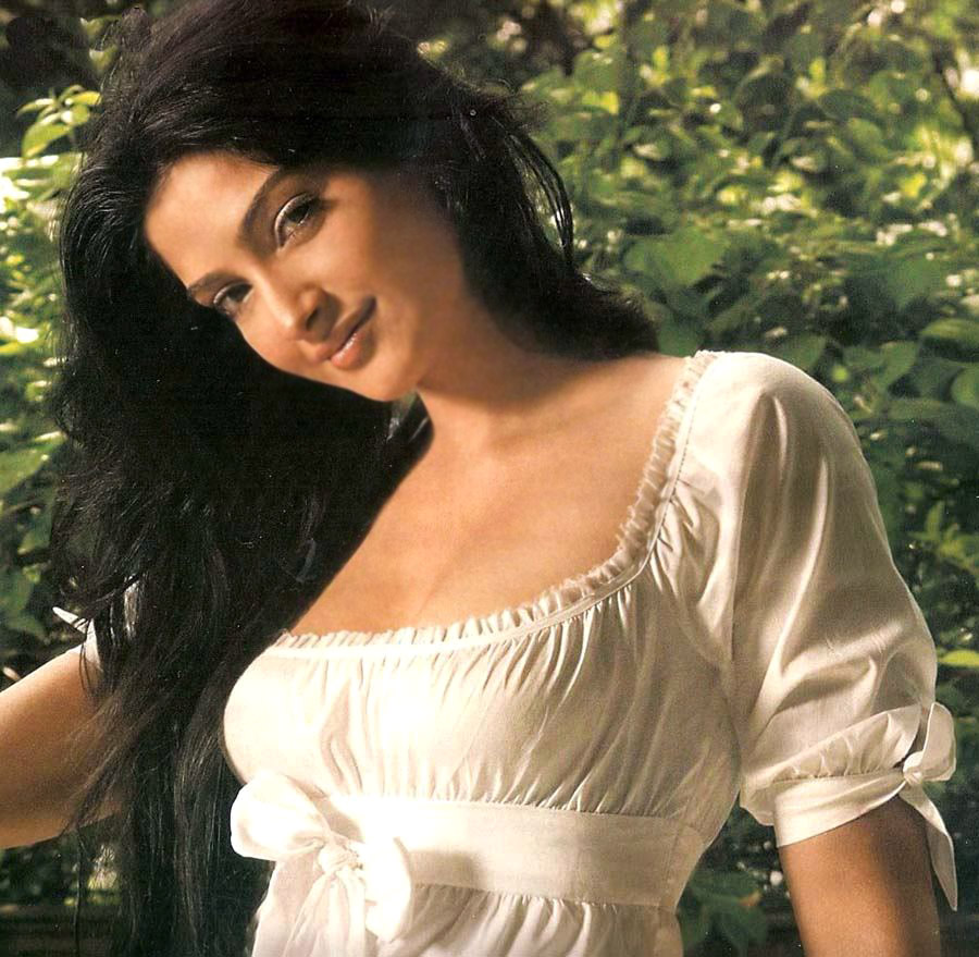 sonam kapoor indied movies ghirls