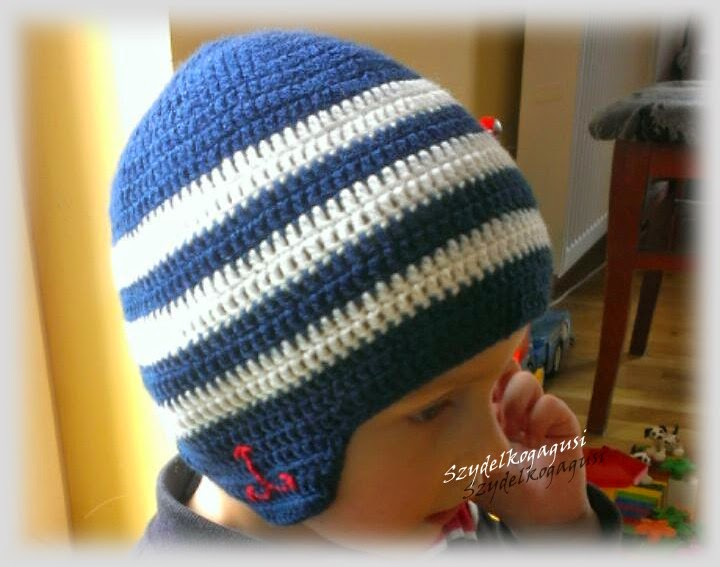 crochet hat stripes