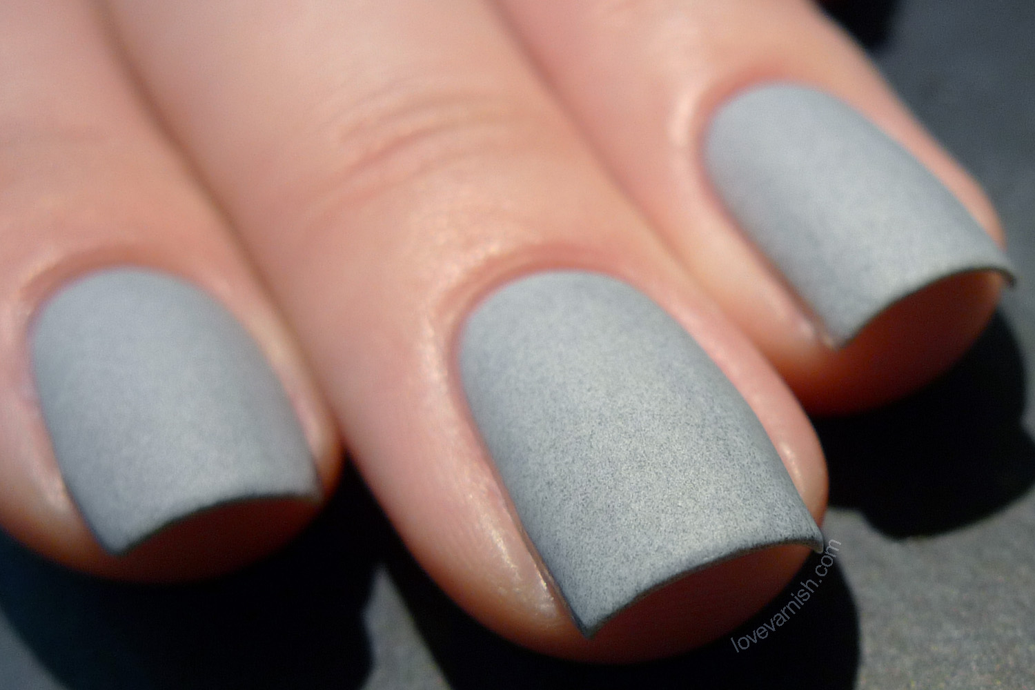 Dance Legend Smoky Grey Britain matte swatches and review