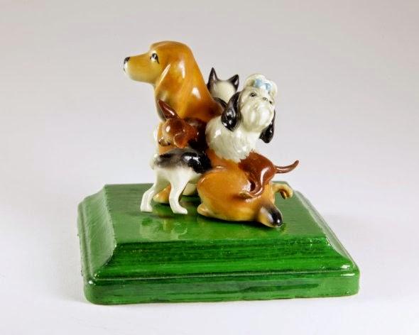 Debra Broz esculturas porcelanas cerâmica surreais kitsch animais modificados vintage