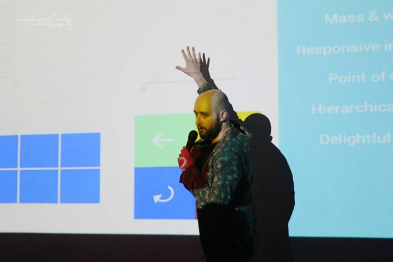 UX Faktoria Łódź, Ewelina Choroba Fotografia, mezczyzna, Filip Miloszewski, Listonic, material design, prelekcja, spotkanie