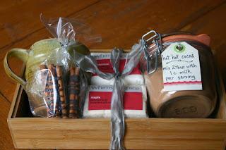 Homemade Gift Baskets For Christmas 01