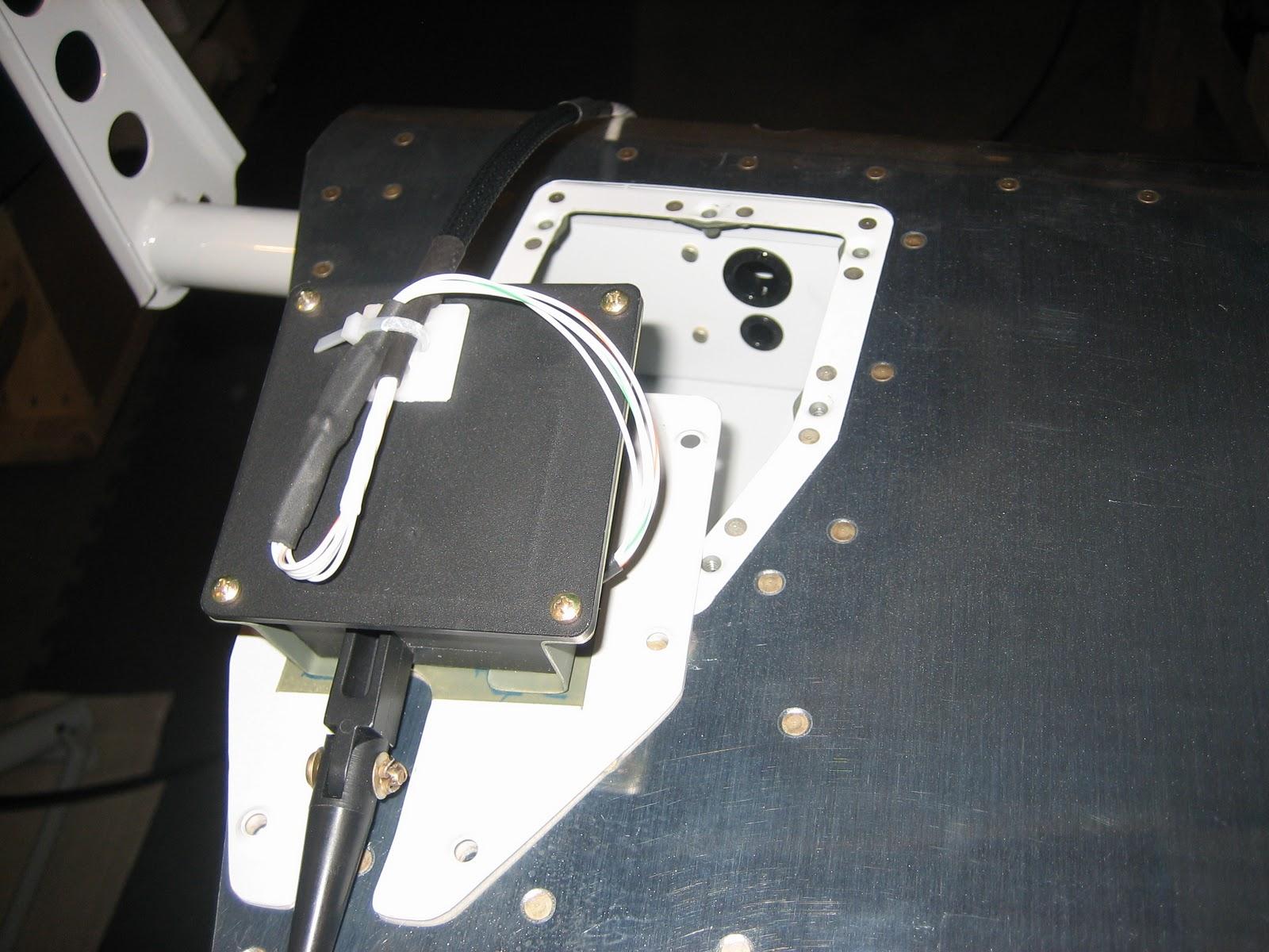 Chad and Bekah\'s RV-7: Elevator Trim Tab Wiring