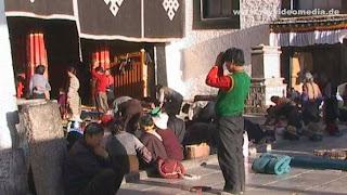 Streetlife Lhasa