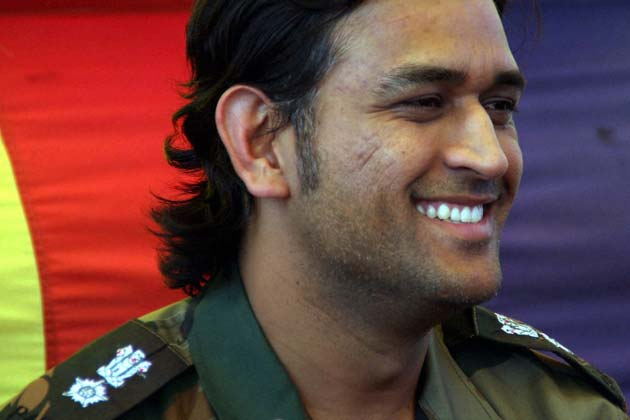 MS Dhoni rare photos