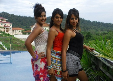 Mugguru Still - Mugguru Telugu Movie Photos