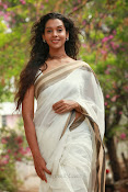 Anu Priya latest Photos Gallery-thumbnail-7
