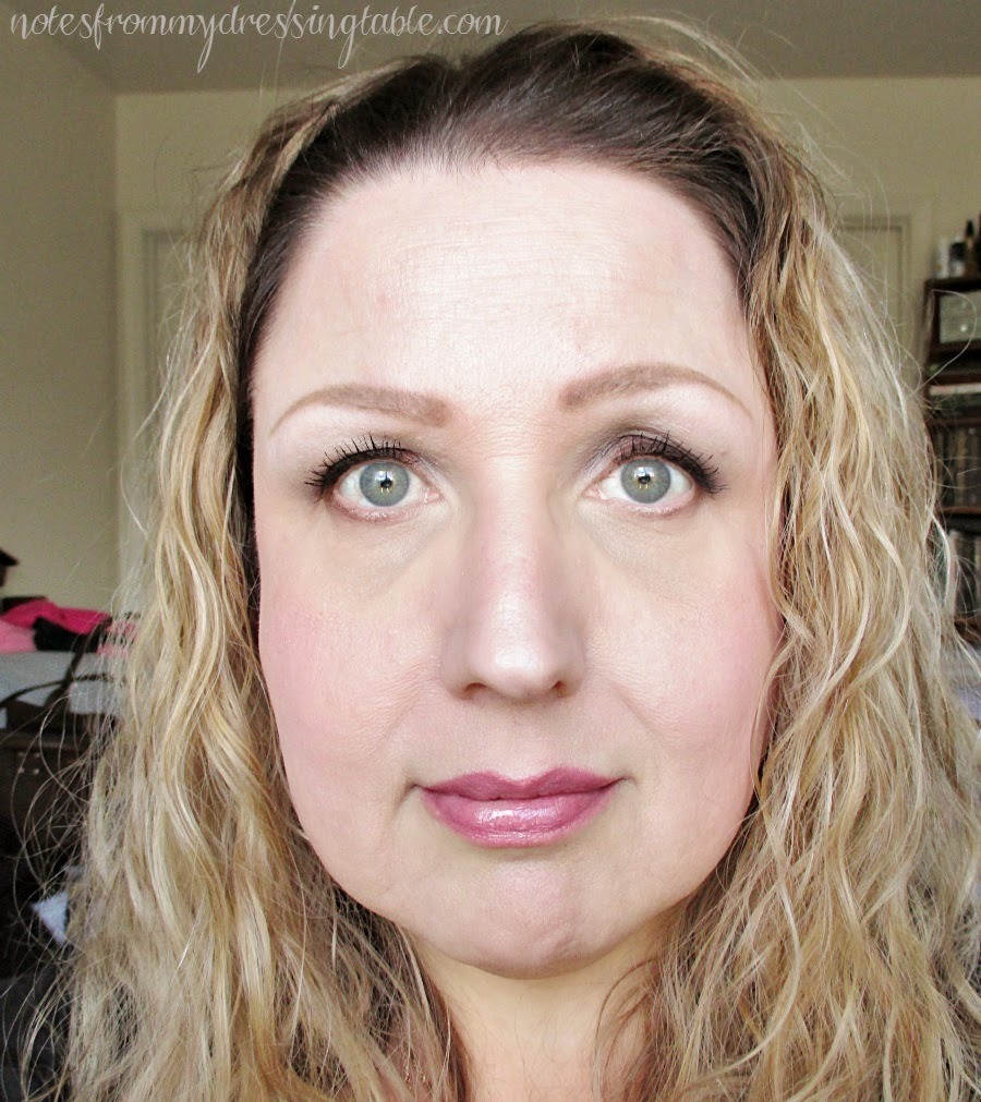 An Easy Smokey Eye Look notesfrommydressingtable.com