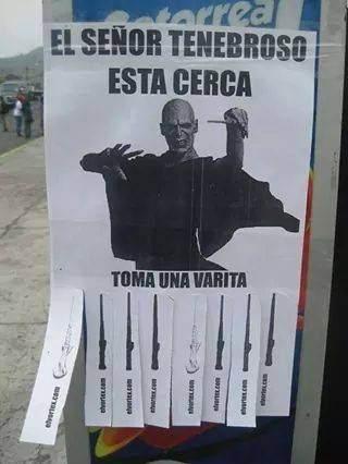 Coge tu varita Voldemort cartel