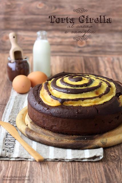 torta girella al cacao e vaniglia