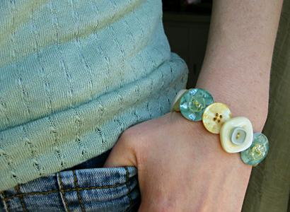 Creative and Cool Ways To Reuse Old Buttons (15) 5