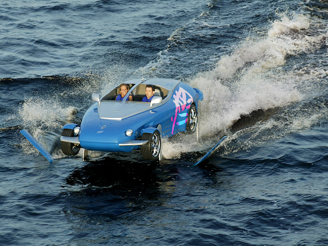 Rinspeed-Splash நீரிலும் நிலத்திலும் இயங்கும் டாப் 10 கார்கள் - ஆம்பிபியஸ்