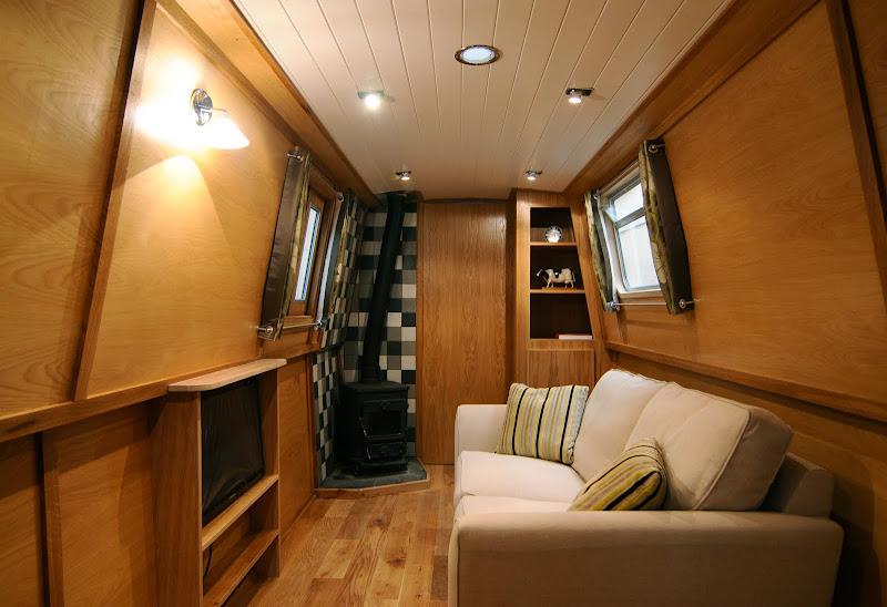 Antis, a new narrowboat built to the customers' spec title=