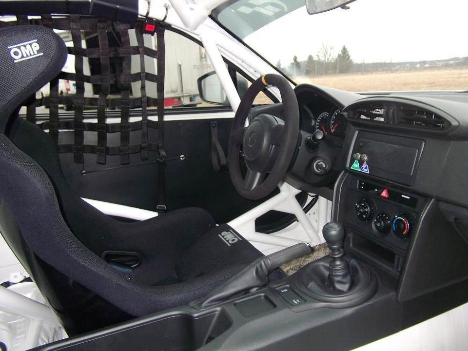 [Resim: Toyota+GT+86+CS-V3+2.jpg]
