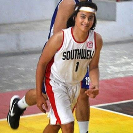 Kenji playing basketball