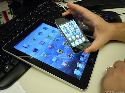 iPhone, iPad ၀ယ္ရန္ တရုတ္ဆယ္ေက်ာ္သက္ ေက်ာက္ကပ္ ထုတ္ေရာင္းမႈ ေနာက္ဆက္တဲြသတင္း
