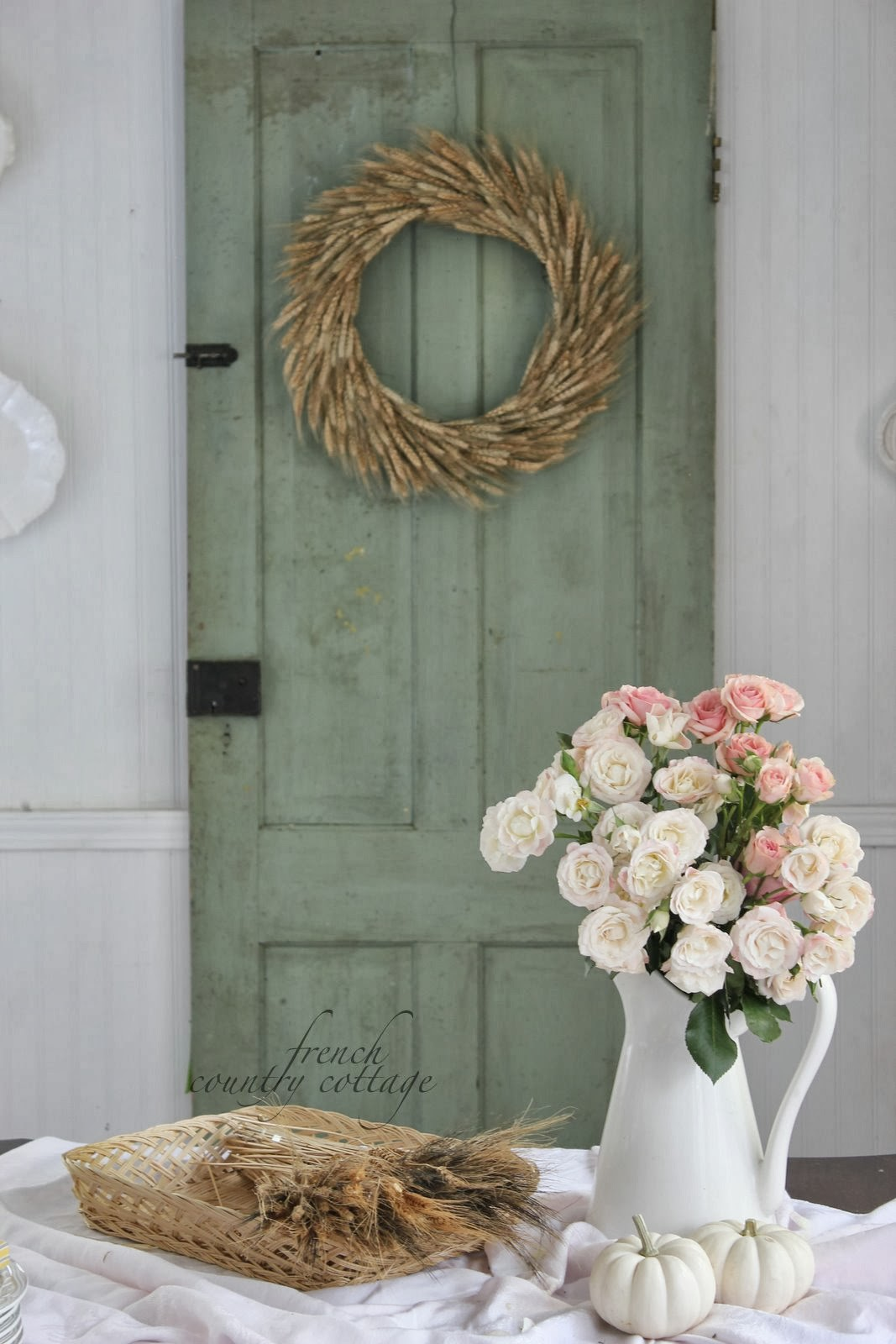 Vintage charm white capris french country cottage - French shabby chic ...