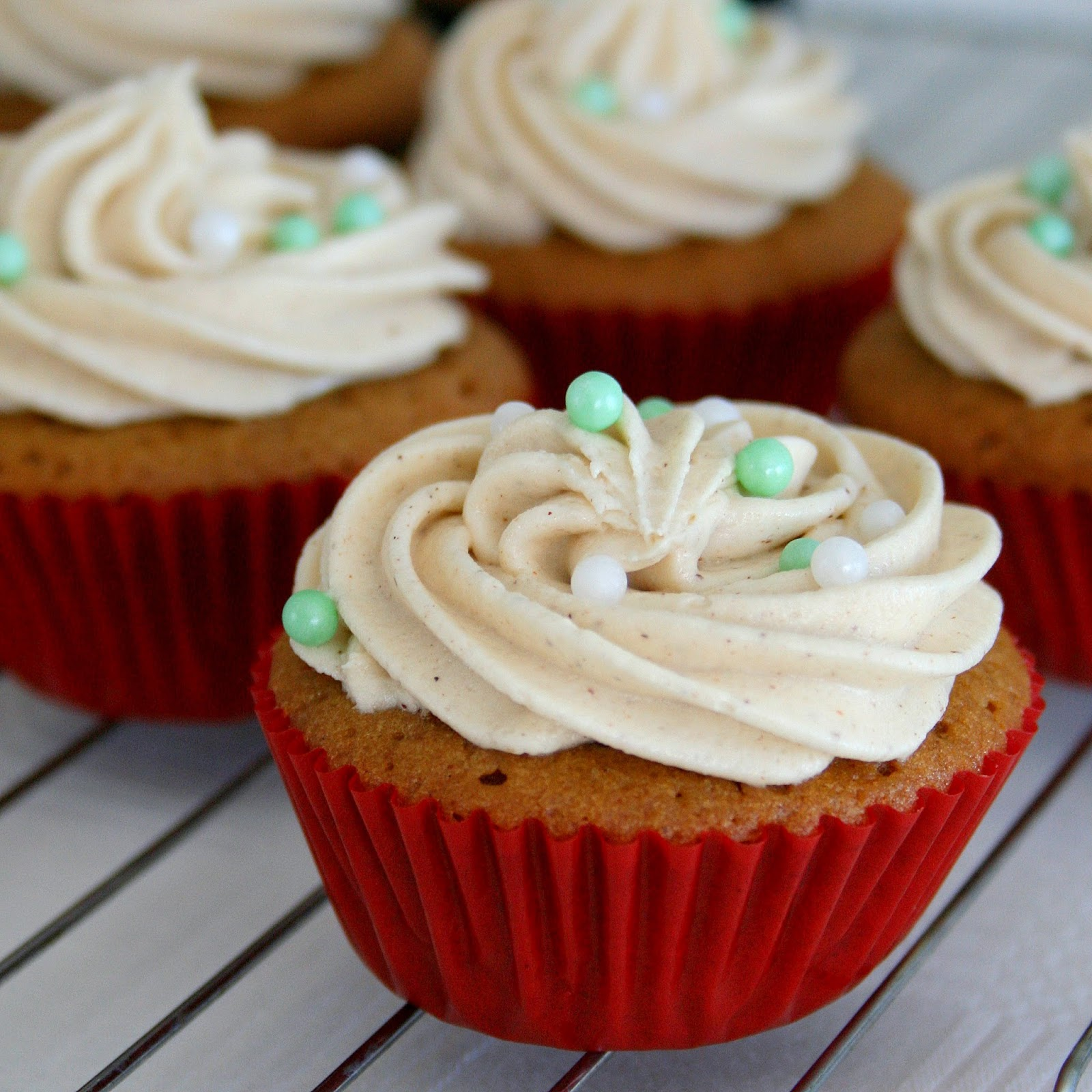 Cupcakes & Couscous: Gingerbread Cupcakes with Cinnamon Buttercream