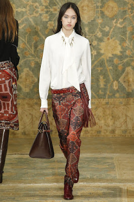 fashion fall 2015, jewelry trend 2015, white blouse trend 2015, chanel necklace, christian dior necklace, tory burch necklace, carven necklace, Waney Exclusive Necklace, wholesale accessories Malaysia,
