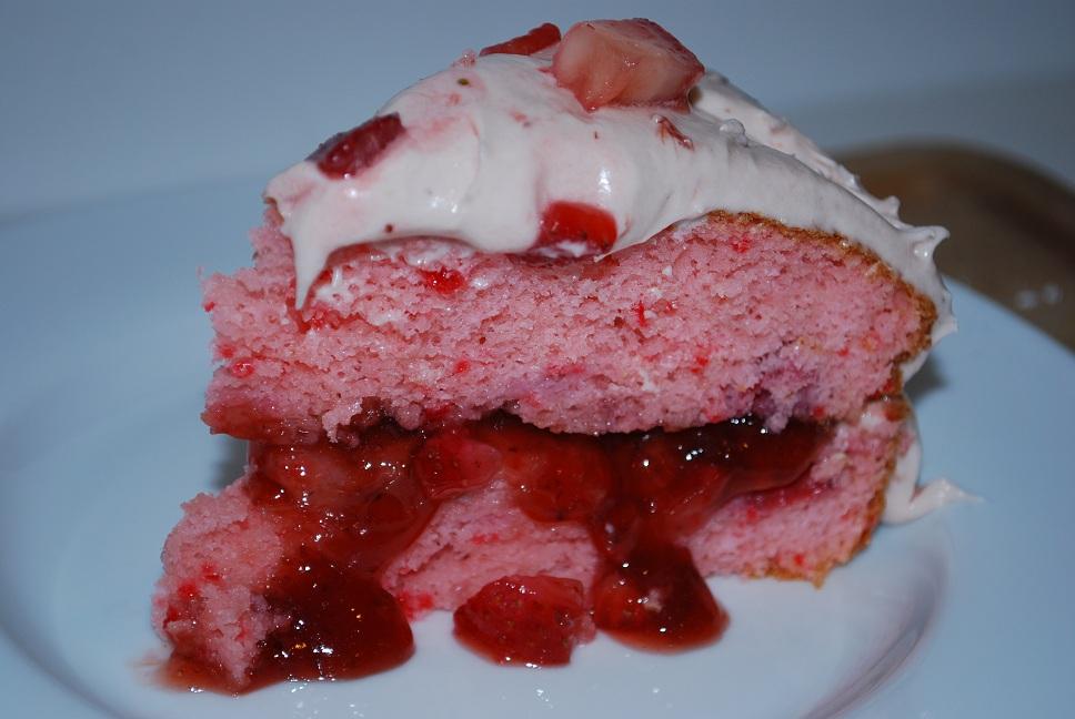 Strawberry Daiquiri Cake Frosting