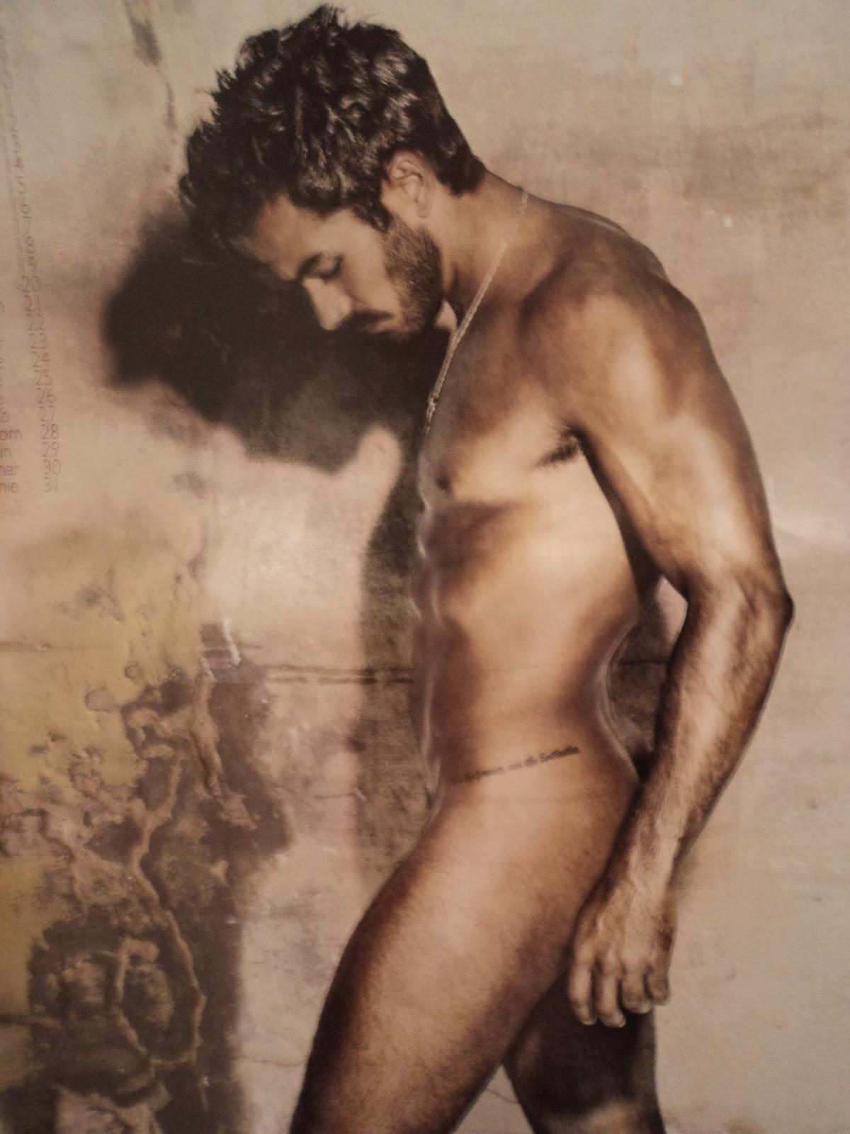 Aaron Diaz Desnudo