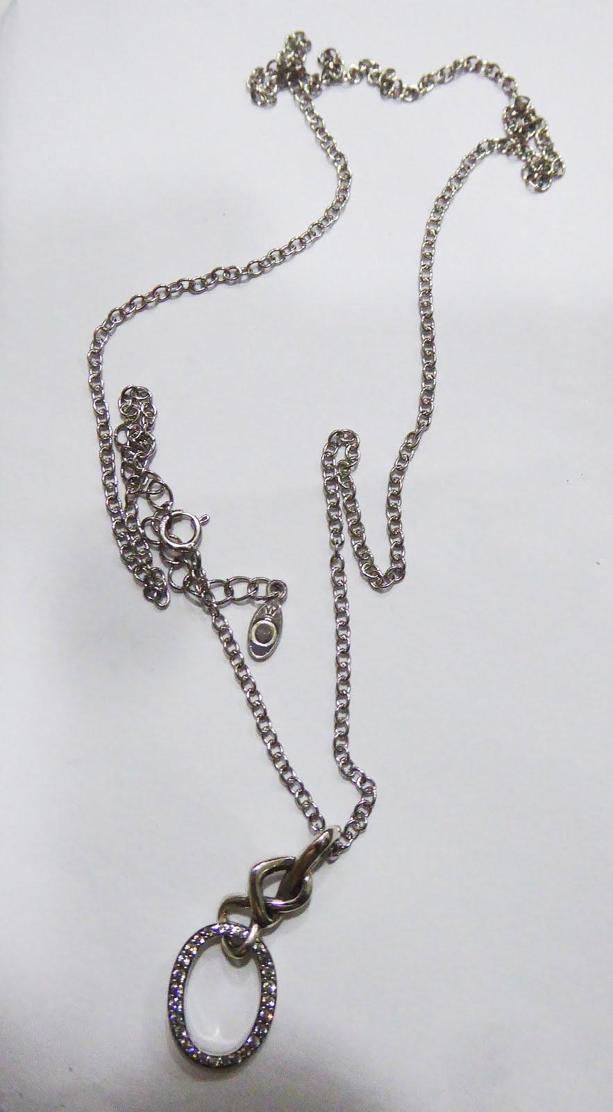 Gargantilla de plata con circonitas