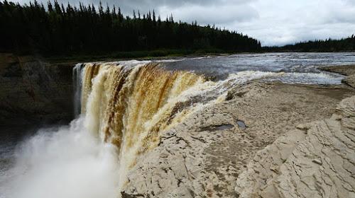 Alexandra Falls – Canadá