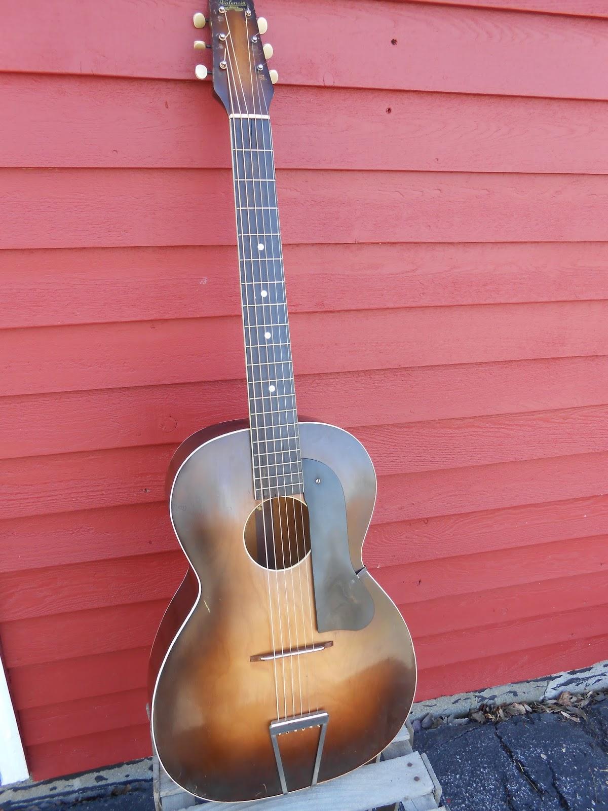 Your grandpa 39 s guitar 1930 39 s harmony valencia round hole for Luthier valencia