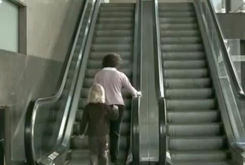 VIDEO που συγκλονίζει: Δεν θα φερθείτε ποτέ ξανά με τον ίδιο τρόπο στο παιδί σας!