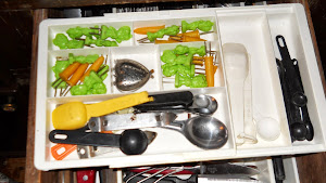 Organize with drawer expanders
