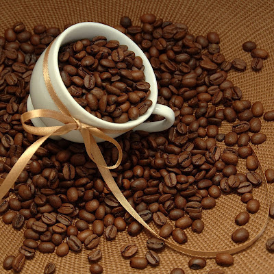 Coffee beans download free wallpapers for Apple iPad