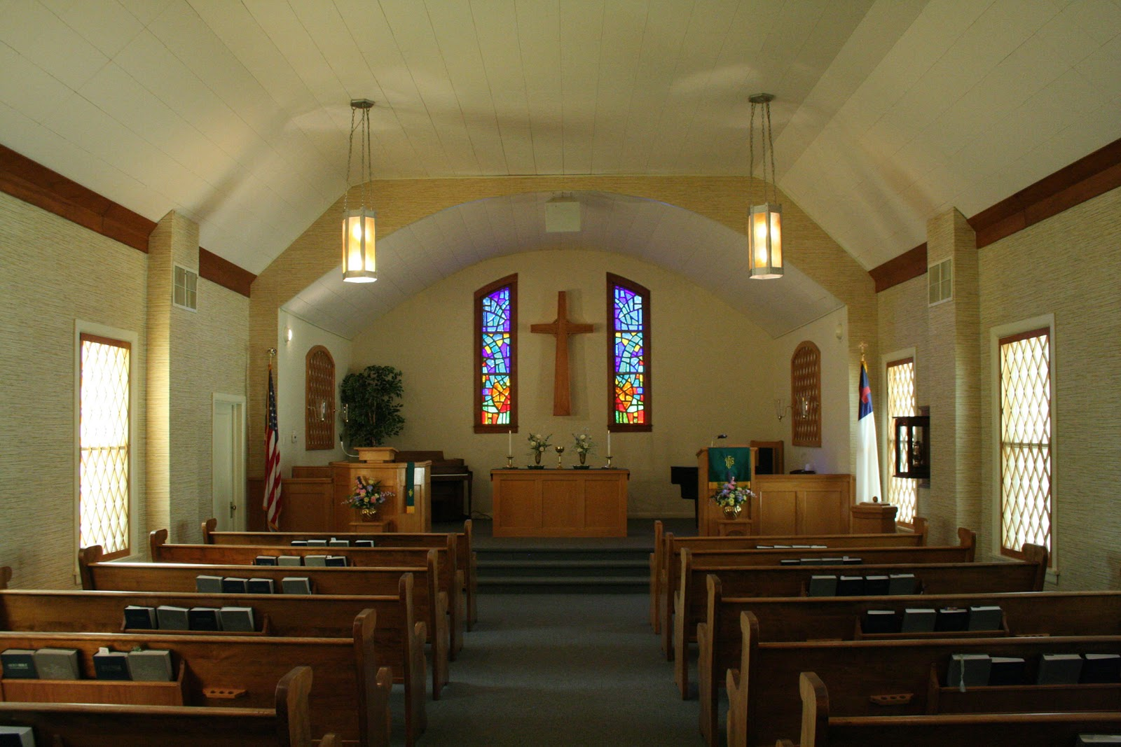 Emejing Small Church Sanctuary Design Ideas Photos - Interior Design ...