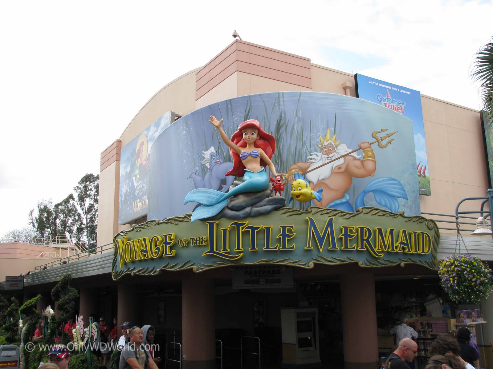underwater restaurant disney world. Voyage Of The Little Mermaid At Disney\u0027s Hollywood Studios Underwater Restaurant Disney World