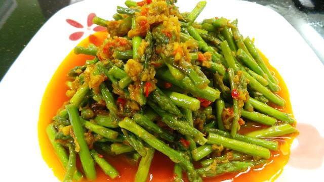 Asparagus memang sayur yg menjadi kegemaran setiap ahli keluarga k ena ...