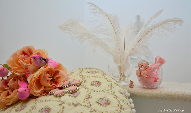 shabby chic, feathers, birds, flowers
