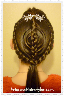 Pretty Christmas ornament hairstyle tutorial