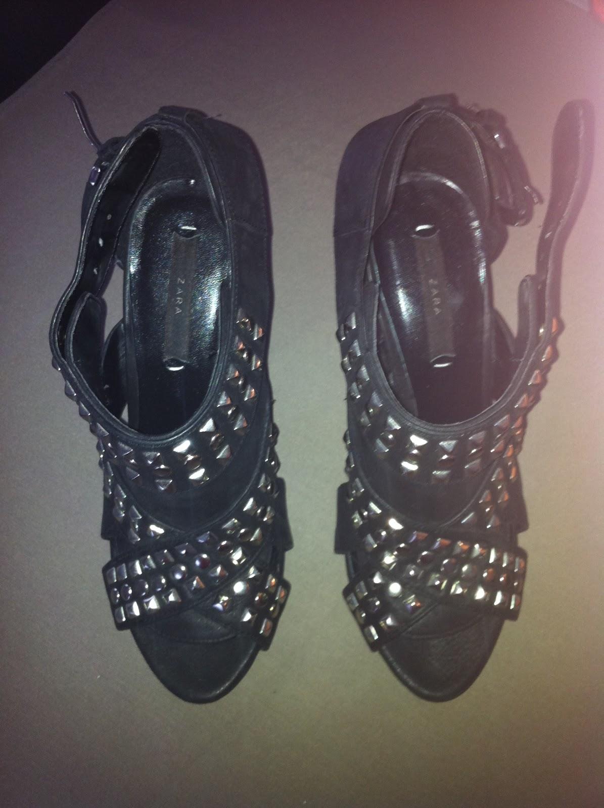 vide dressing co chaussures clout es zara. Black Bedroom Furniture Sets. Home Design Ideas