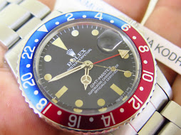 ROLEX GMT MASTER PEPSI BEZEL - ROLEX 1675 PEPSI BEZEL - BOX AND MANUAL