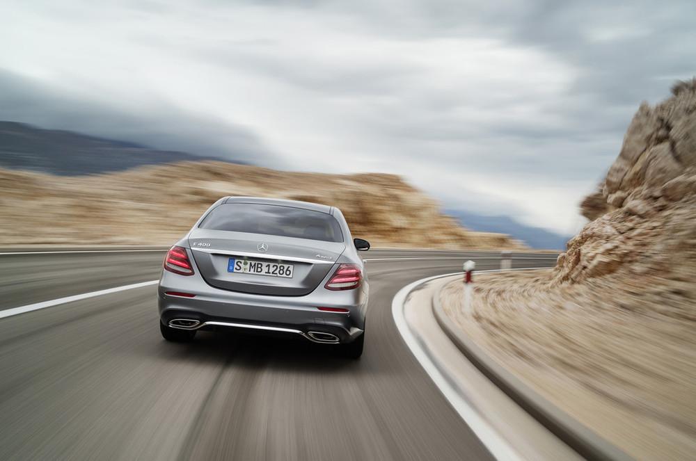 2017-Mercedes-E-Class-29.jpg