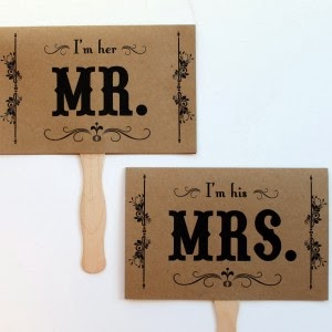 http://divinedesignplanning.com.au/shop/mr-and-mrs-paddle-pop-sign/