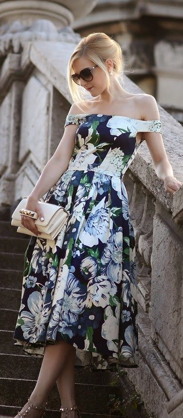 #street #style floral print dress