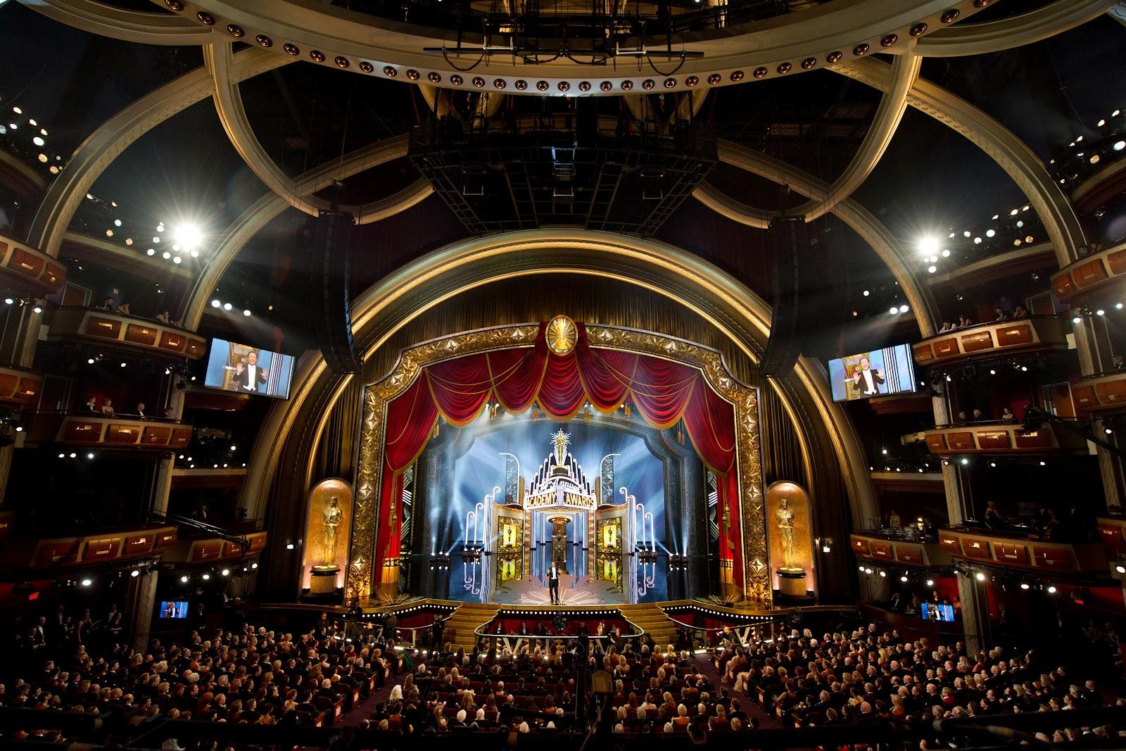http://3.bp.blogspot.com/-mHQRJXTUHY0/T0sZr6qCvXI/AAAAAAAAGU4/6TgiAzg8Ums/s1600/84th_Academy_Awards_stage.jpg