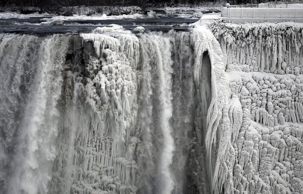 hidegrekord, időjárás, Kanada, Niagara-vízesés, tél, USA, Aaron Harris