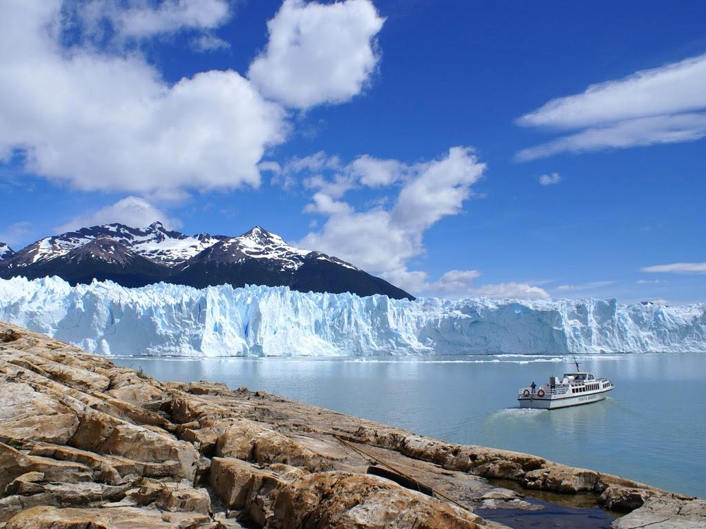 Glacier and ship