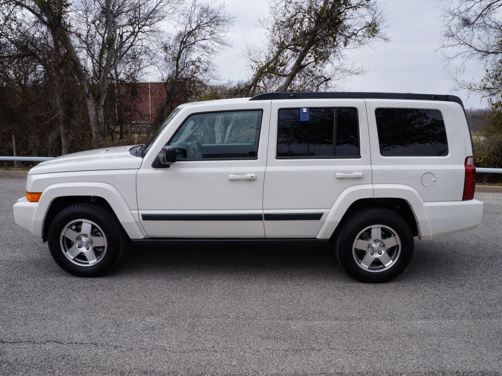 Jeep Dealership Dfw >> White 2009 Jeep Commander SportInternet Price: $13,995Model Code: XKTH74Stock #: F02047VIN ...