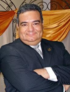 Prof. Engels Gómez