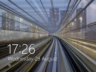 tampilan lockscreen windows 8
